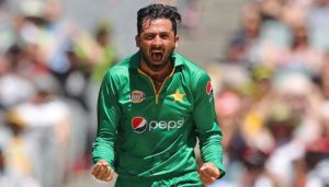 Fast bowler Jinned Khan joined the race for World Cup players